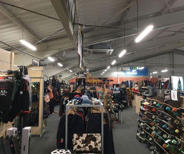 mise en lumière magasin commerce